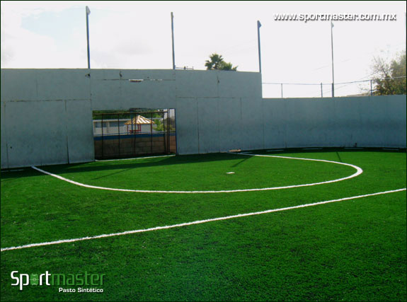 Toma de cancha de futbol rápido en el Colegio La Paz